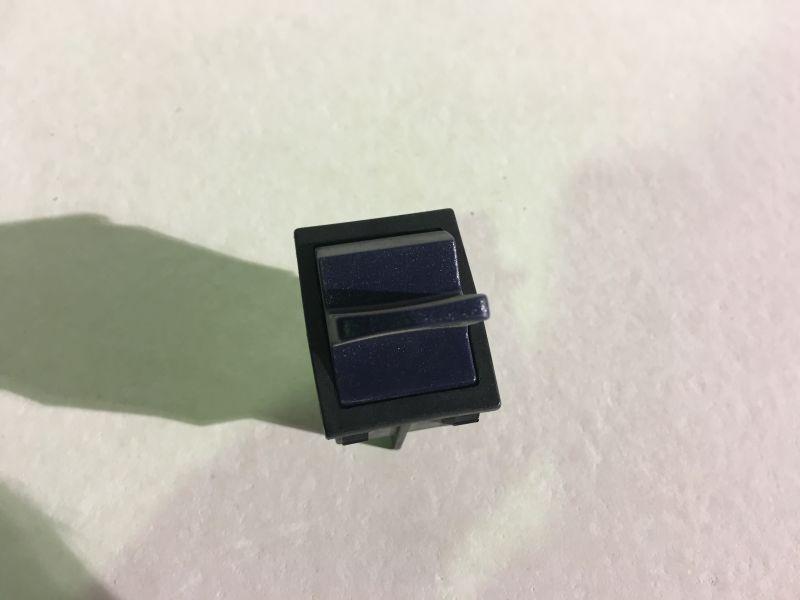Buton pornit/oprit blender BL020